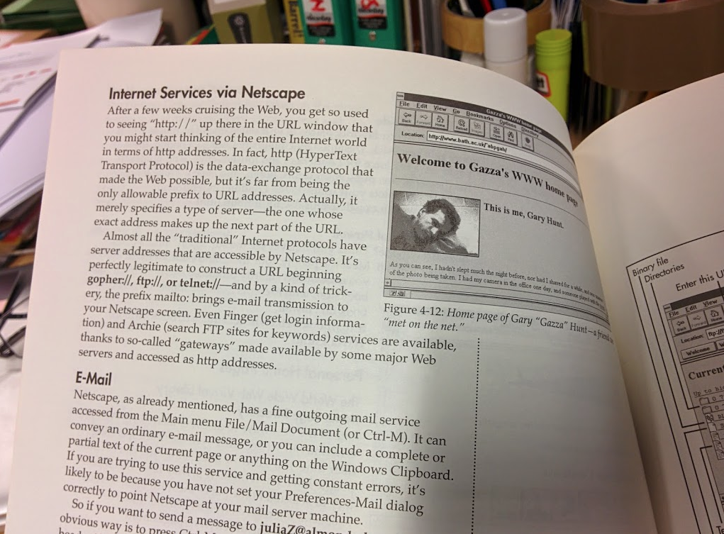 A sample page from a 1995 Netscape manual