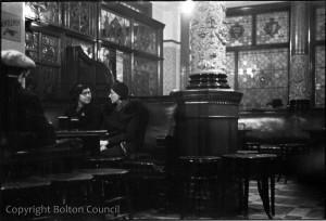 Spender Pub